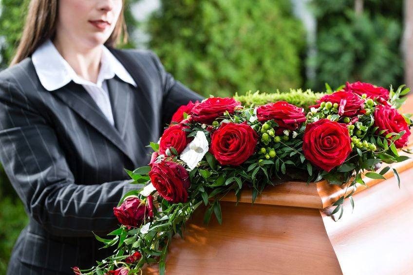 Flower Arrangement Differences for Men and Women