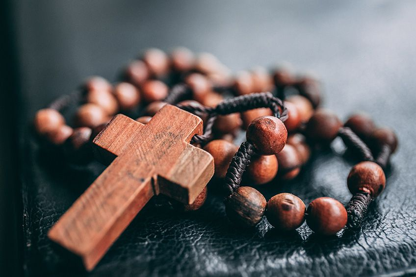 How are a Rosary Service and a Vigil or Wake Different?