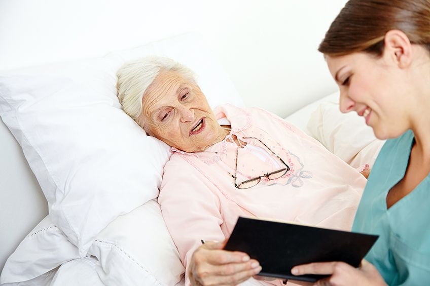 7 Ways that Being in Hospice Care is Different from Being in the Hospital